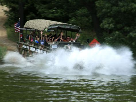 wisconsin dells duck boats dells army duck land water tours and reviews wisdells