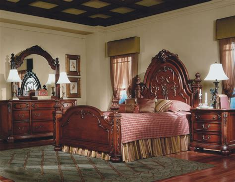 queen anne style bedroom furniture vintage queen anne bedside table bedroom furniture 3