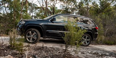 jeep grand cherokee overland 2016 jeep grand cherokee overland review caradvice
