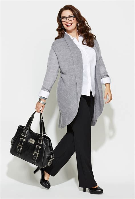 look confident in meeting by wearing plus size business