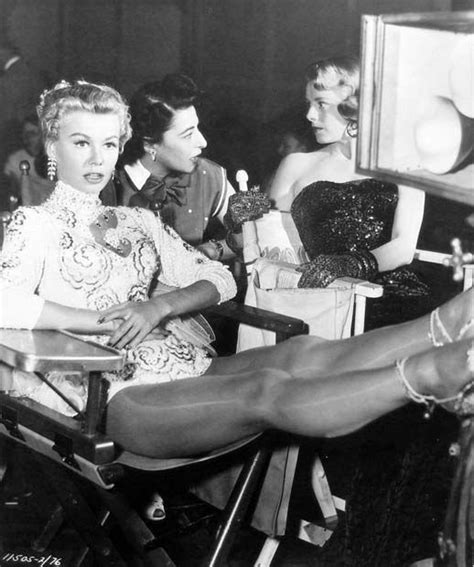 rosemary clooney songs from white christmas white christmas 1954 behind the scenes pinterest