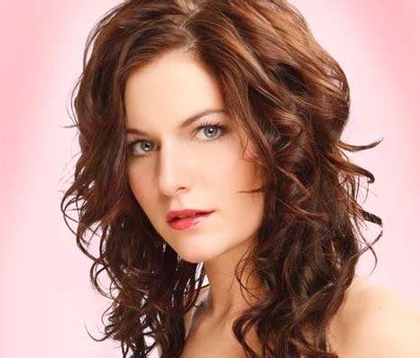 foto de peinado con pelo mediano aprende a hacer peinados para cabello mediano o medio largo