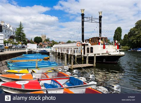 river thames boat hire ltd the paddle steamer quot new orleans quot and boats for hire on the