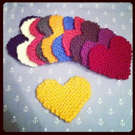 knit heart pattern easy free pattern knitted heart julie the knits
