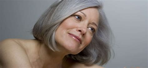 how mature women lock their hair what is the best shoo for grey hair according to women