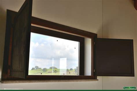 finestre con scuri interni scuretti interni in legno e pvc per infissi e porte finestre