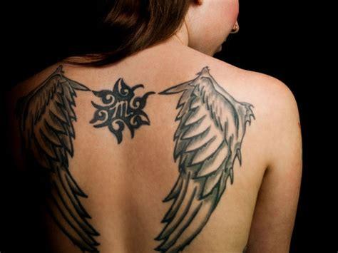 tatouage ailes d ange dos