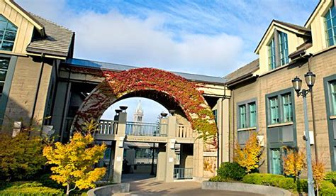 Haas Mba Clubs by Haas Uc Berkeley 2013 Calling All Applicants Haas