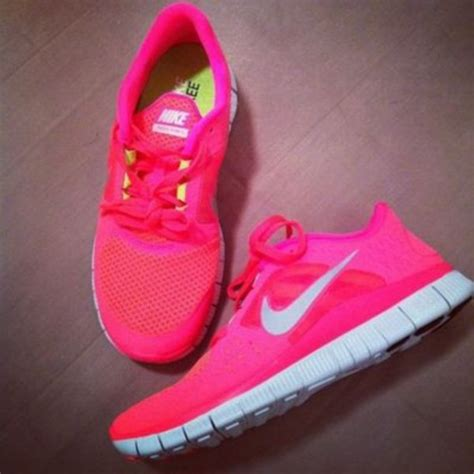 pink nike shoes shoes nike pink fluo pink shoes trainers