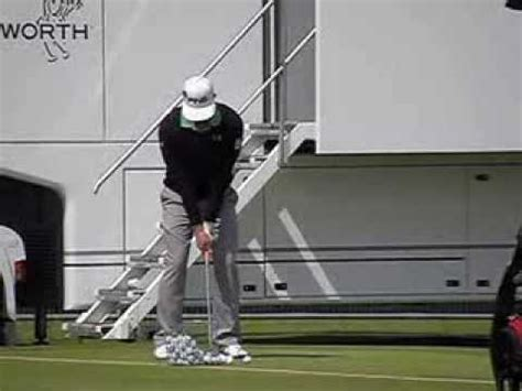 hunter mahan swing sequence hunter mahan mid iron swing face on open chionship