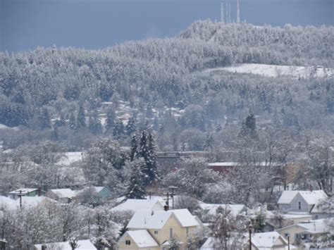 Us Bank Cottage Grove Oregon by Cottage Grove Or View Of Cottage Grove From Mt David