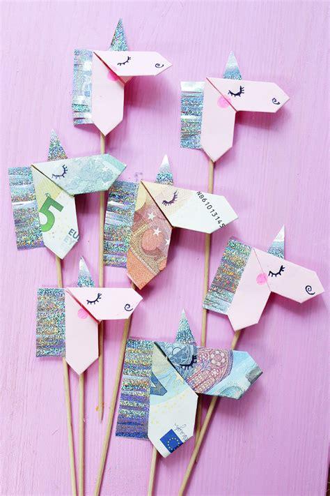 origami einhorn geldscheine kreativ zum origami einhorn falten diy anleitung