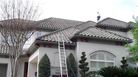 Barrel Tile Roof Barrel Tile Roof Cleaning In The Royal Oaks Country Club Subdivision In Houston Tx 77082