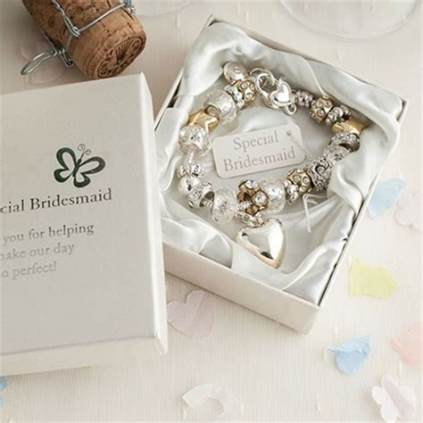 Gifts For Your Bridesmaids by Gifts For Bridesmaids Gettingpersonal Co Uk