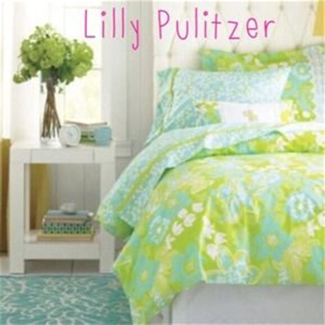 lilly pulitzer twin bedding 44 off lilly pulitzer other like new lilly pulitzer