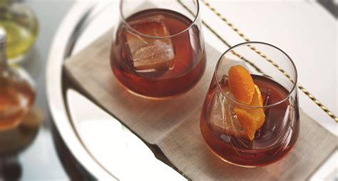 old fashioned old fashioned recipe classic whiskey cocktails bulleit
