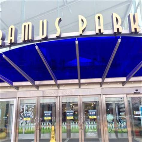 lighting superstore paramus nj paramus park 39 photos 77 reviews shopping centers