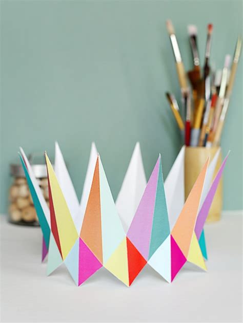 A Paper Crown - printable diy birthday crowns favors crown