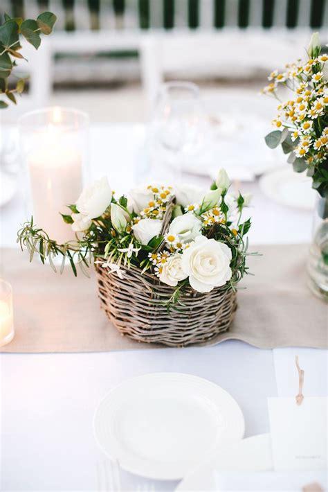 centrotavola con fiori finti oltre 25 fantastiche idee su centrotavola di fiori finti