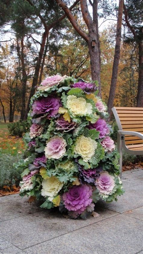 Best 25  Flower tower ideas on Pinterest   Pot decoration