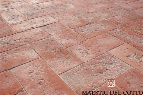 pavimenti in cotto fiorentino mattonelle cotto fiorentino cotto fatto a mano e cotto a