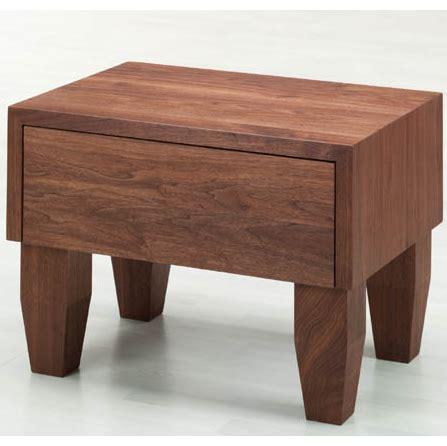 comodini in legno massello comodino legno massello gloria la casa econaturale