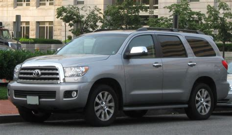 2006 toyota sequoia 2006 toyota sequoia information and photos zombiedrive