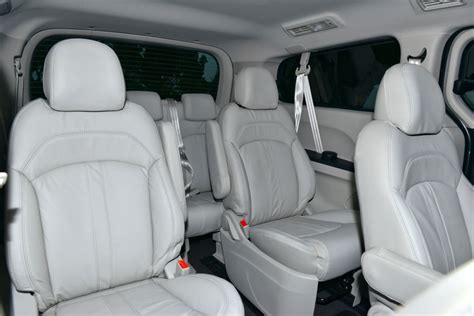 maxus g10 interior ldv g10 9 seat reviews pricing goauto