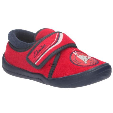 clarks infant slippers clarks cuba edge boy s jets slippers charles clinkard