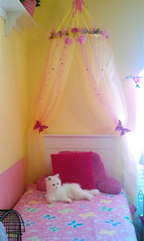 girls bedroom canopy 1000 ideas about girls canopy beds on pinterest girls bedroom canopy beds for