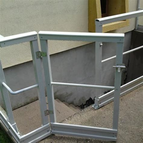 Garde Corps Escalier Verre 3660 box industrie nos produits garde corps