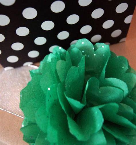 espero que os guste mucho y os sirva de inspiracin para view image envolviendo los regalos de navidad pompones paperblog
