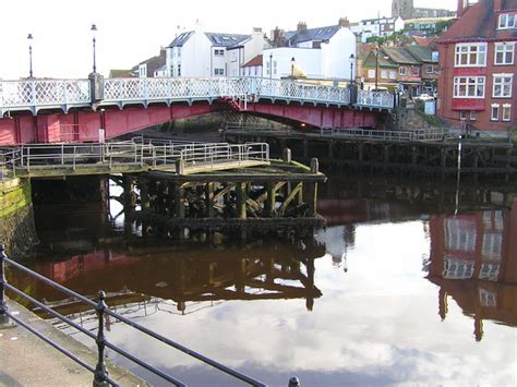 whitby swing bridge whitby swing bridge wikipedia