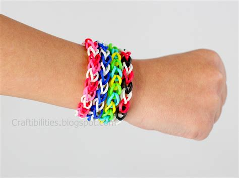 Rubber Band Necklace With Loom by Rubber Band Bracelets Make It Without A Loom Tutorial