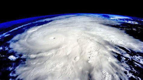 imagenes impactantes del huracan patricia los cinco videos m 225 s impresionantes del hurac 225 n patricia rt