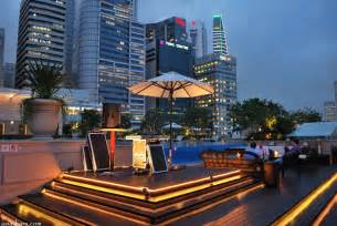 Roof Top Bar In Singapore by Lantern Bar Stylish Rooftop Bar At The Fullerton Bay
