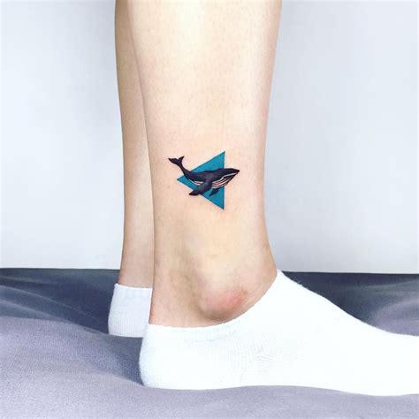 blue whale tattoo 타투이스트이다 idatattoo blue whale 타투문의는 카톡 아이디 heejaej로 연락