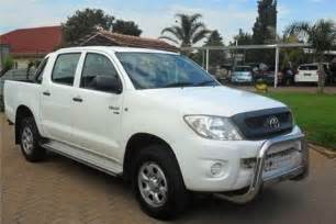 toyota hilux srx 2 5 d4d double cab 4x4 in south africa clasf vehicles