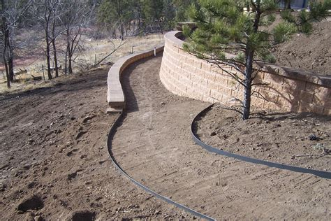 plastic pvc steel or aluminum landscape edging how to
