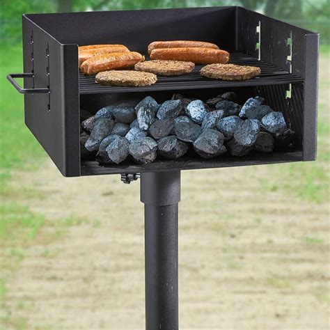 Poêle Grill guide gear heavy duty park style charcoal grill large