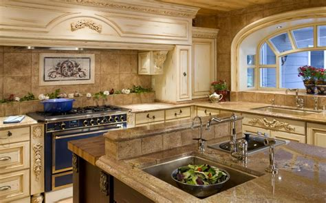 travertine backsplash ideas for nostalgic kitchen designs