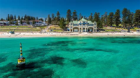 cottesloe house stays cottesloe house stays sculpture by the sea