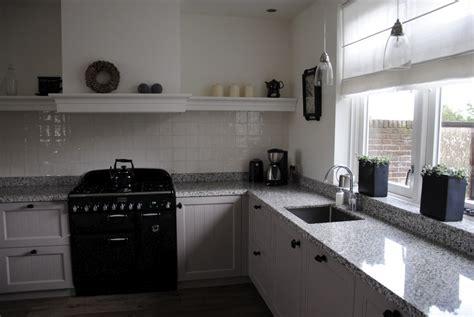 landelijke keukens met fornuis landelijke keuken met terrazzo in alblasserdam keukenhof