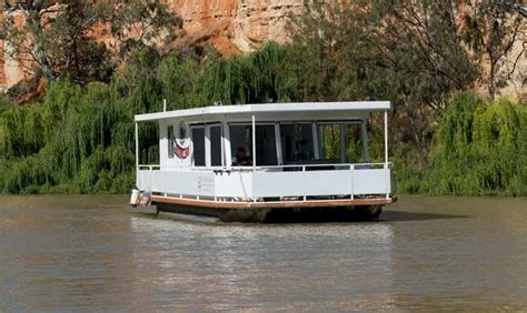 wake boat hire south australia 156 best images about houseboats on pinterest rivers