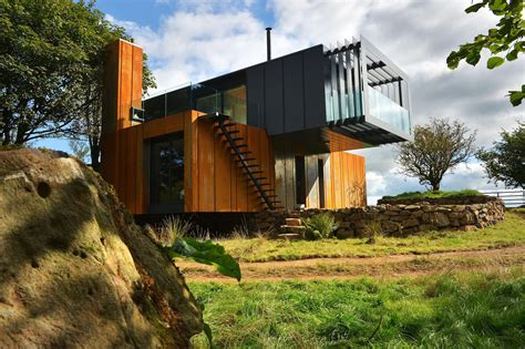 Incredible Houses by The 20 Most Amazing Shipping Container Homes Brain Berries