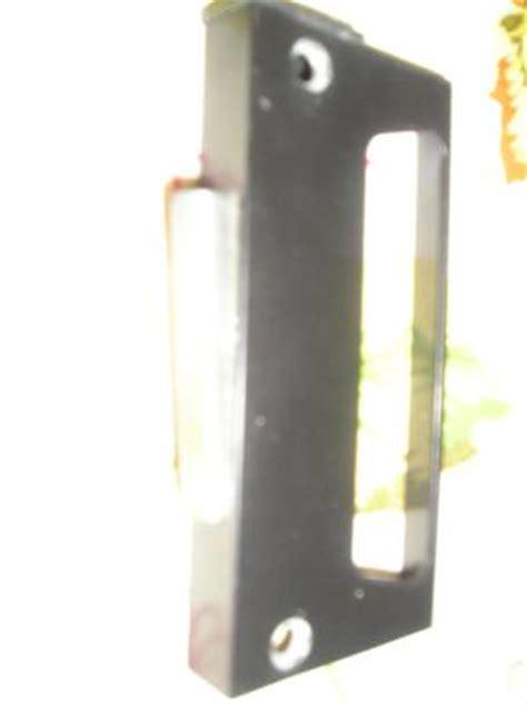 screen door lock trouble clamshell lock for screen door