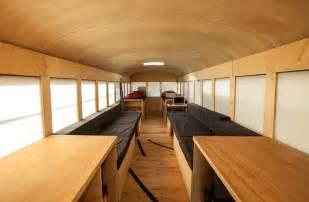 Rv Port Home Plans geenstijl awesome roadtrip hank heeft een bus gekocht