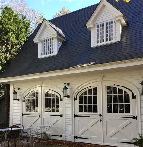 carriage house door plans best 25 carriage house ideas on pinterest carriage house garage carriage house
