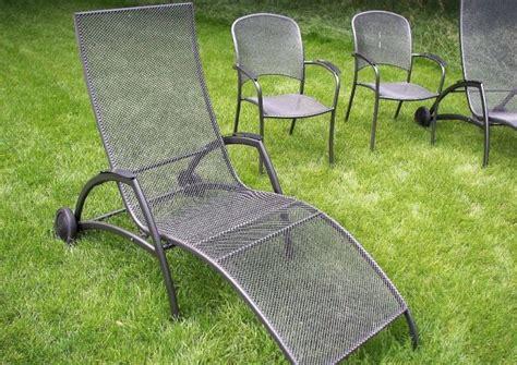 gartenmöbel aus metall gartenliegen aus metall