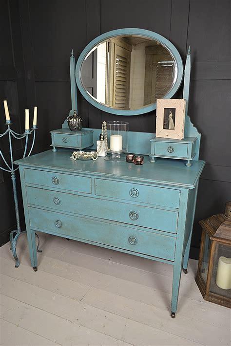 vibrant vintage dressing table   drawers